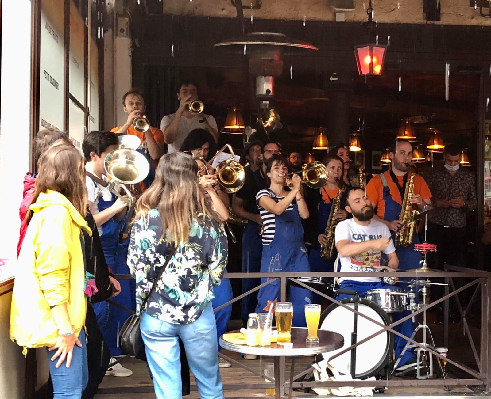 La Brass de Pneu, Fanfare festive Paris