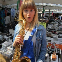 Emma - Saxophoniste à la Brass de Pneu