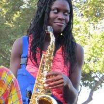 Lorraine - Saxophoniste à la Brass de Pneu